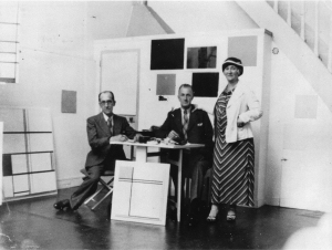 Mondrian B237 with brother Carel and Carel's wife Mary
